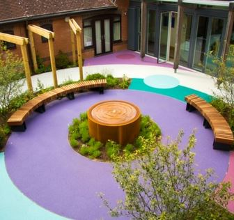 Are you a children hospice care centre in need and would like to create an inspiring outdoor space for the children? Contact Greenfingers Charity!